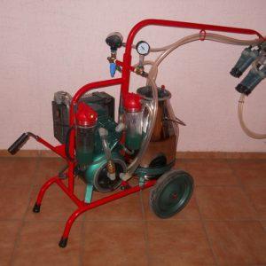 доильный аппарат  для коров водокольцевой